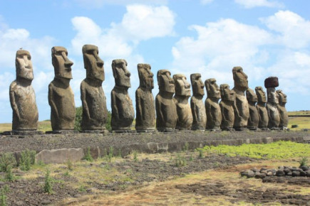 Get a bonus vacation during the Easter holidays - Win a trip to Easter Island and explore Polynesia!